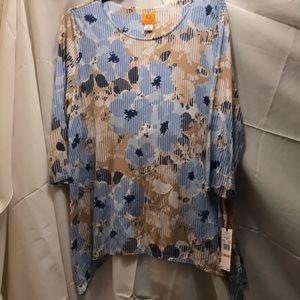 NWT sz 2x blue/tan floral top by ruby rd